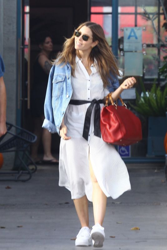 JESSICA BIEL Out for Lunch at Rose Cafe in Venice Beach 11/04/2018