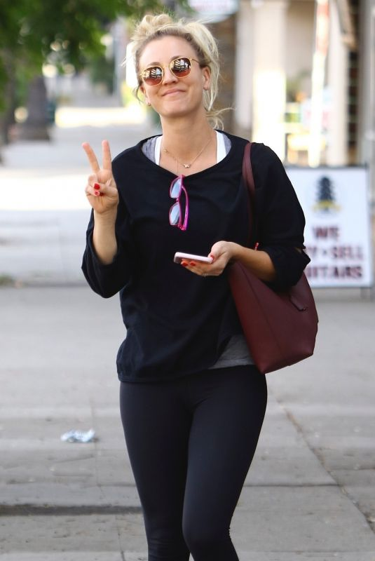 KALEY CUOCO Leaves Yoga Class in Sherman Oaks 11/13/2018