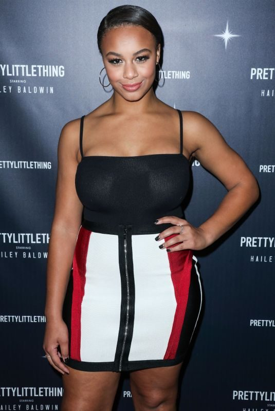 NIA SIOUX at Prettylittlething Starring Hailey Baldwin Event in Los Angeles 11/05/2018