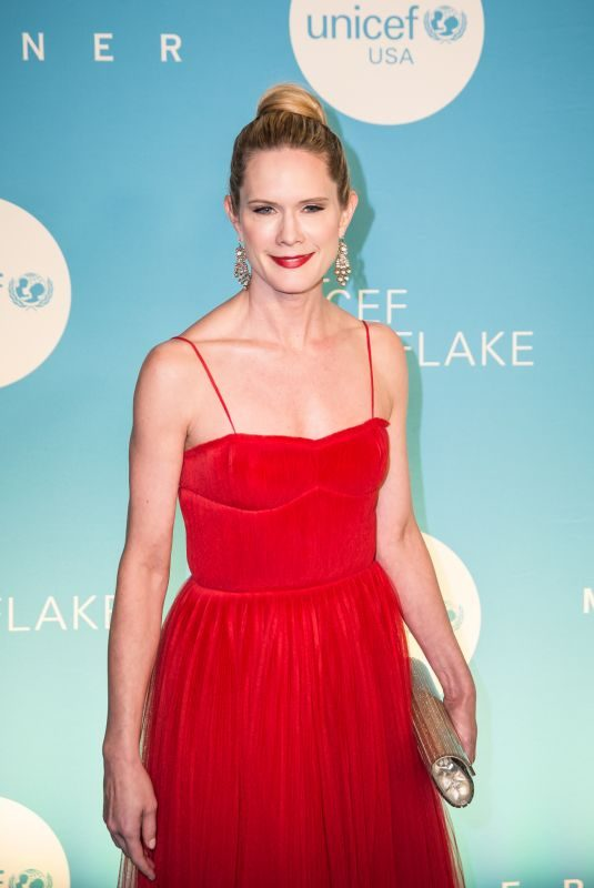 STEPHANIE MARCH at Unicef USA 2018 Snowflake Ball in New York 11/27/2018