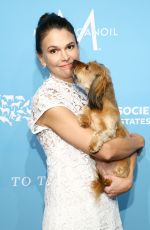 SUTTON FOSTER at Humane Society To the Rescue! Gala in New York 11/09/2018