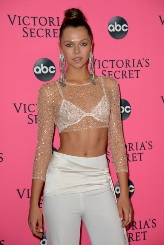 ALANNAH WALTON at Victoria's Secret Viewing Party in New York 12/02/2018