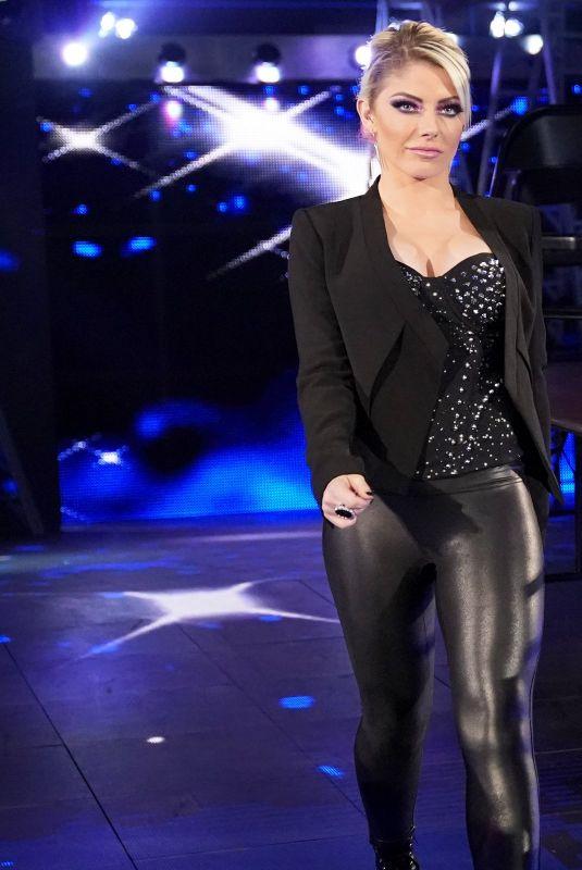 ALEXA BLISS at WWE Raw in San Diego 12/10/2018