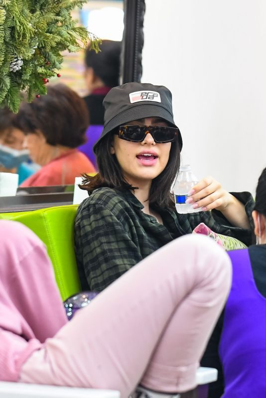 AMELIA GRAY at a Nails Salon in Beverly Hills 12/18/2018