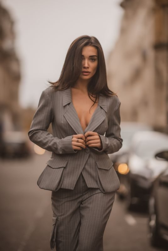 AMY JACKSON on the Set of a Photoshoot in London 12/18/2018
