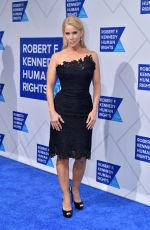 CHERYL HINES at Robert F. Kennedy Human Rights Ripple of Hope Awards in New York 12/12/2018