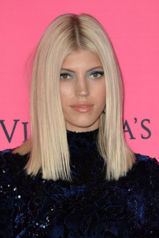 DEVON WINDSOR at Victoria's Secret Viewing Party in New York 12/02/2018