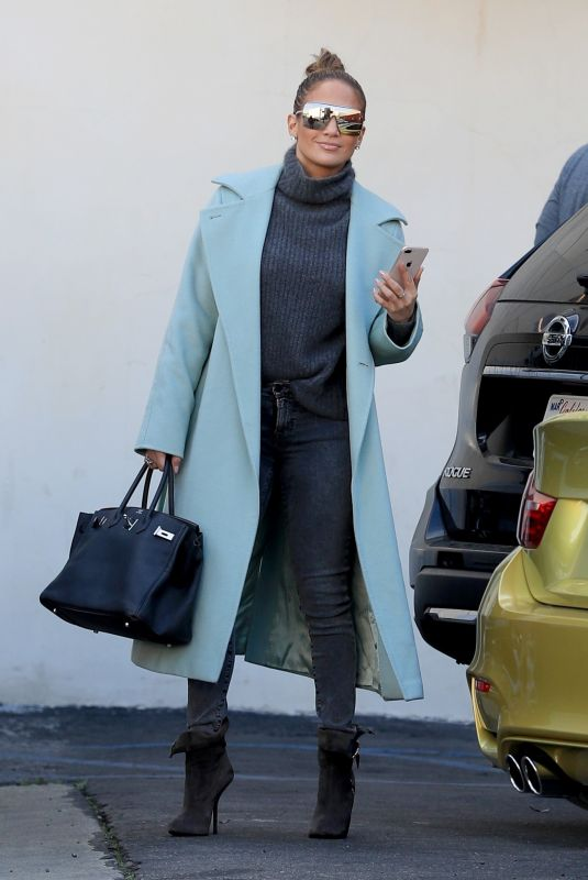 JENNIFER LOPEZ Out Shopping in Beverly Hills 12/22/2018