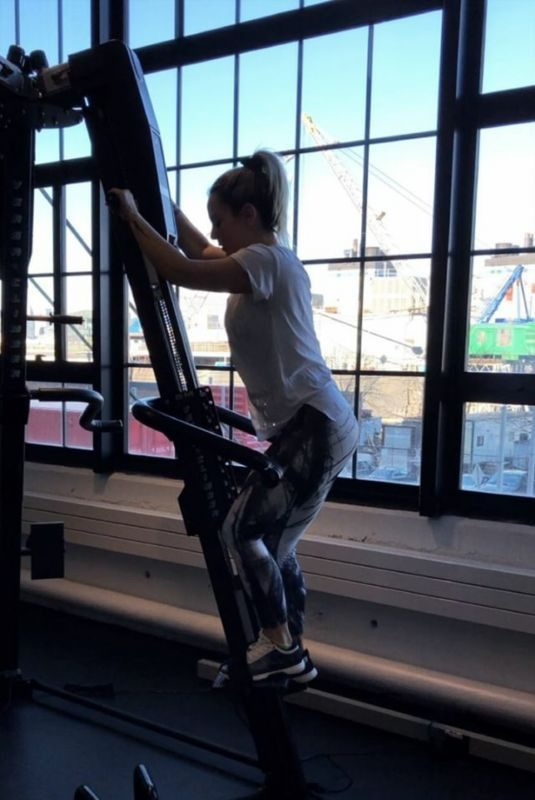 JOANNA JOJO LEVESQUE Working Out at a Gym, Instagram Video