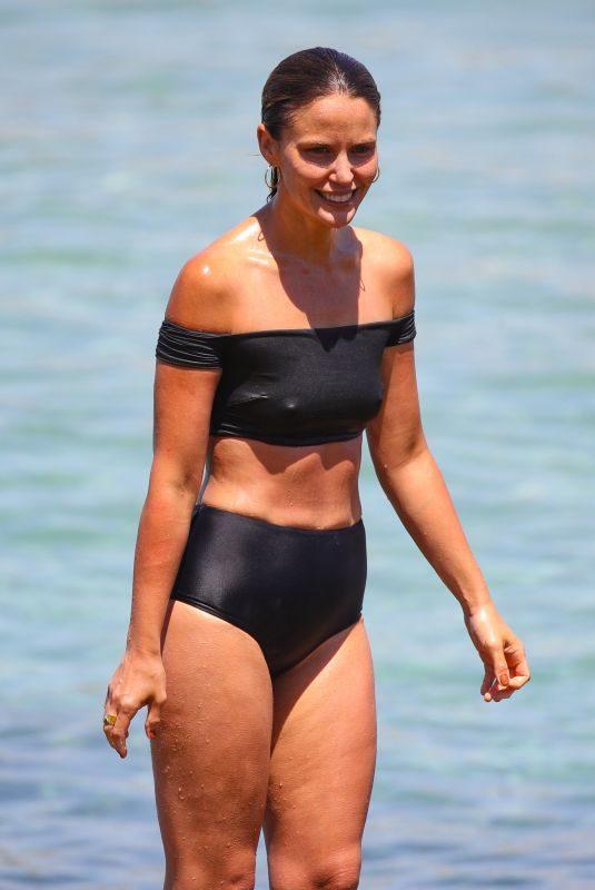 JODI GORDON iin Bikini at Bondi Beach 12/30/2018