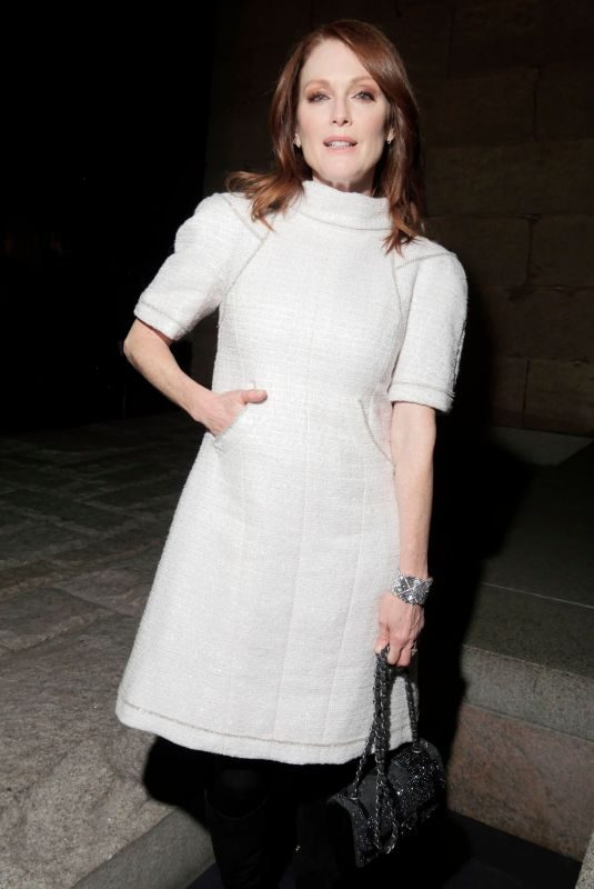JULIANNE MOORE at Chanel Metiers D'Art Show Pre-fall 2019 in New York 12/04/2018