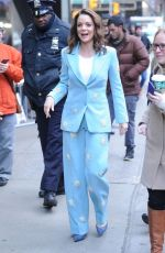 KIMBERLY WILLIAMS-PAISLEY Arrives at Good Morning America in New York 12/04/2018