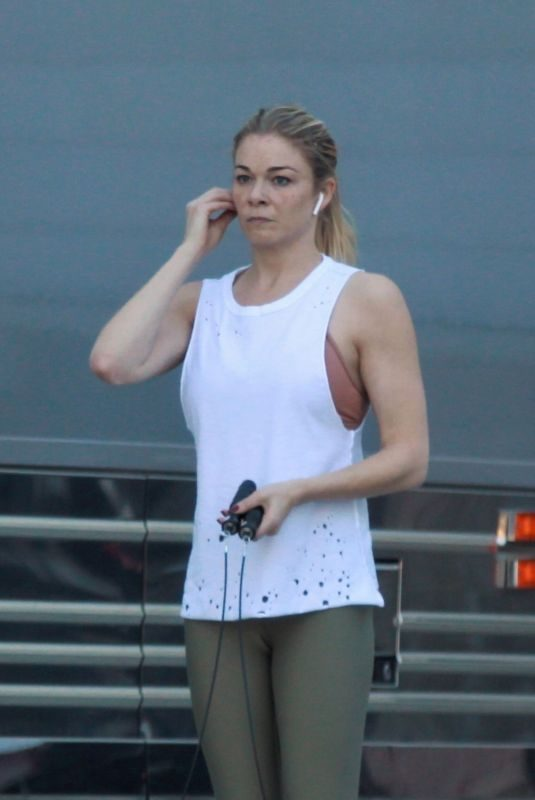 LEANN RIMES Working Out Before Her Christmas Show in Palm Desert 12/15/2018