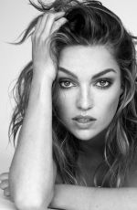 LILI SIMMONS on the Set of a Photoshoot, October 2018