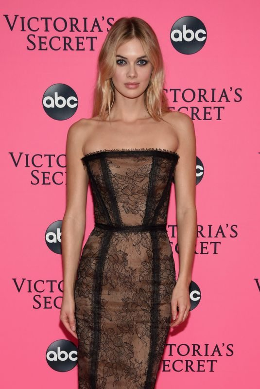 MEGAN WILLIAMS at Victoria's Secret Viewing Party in New York 12/02/2018