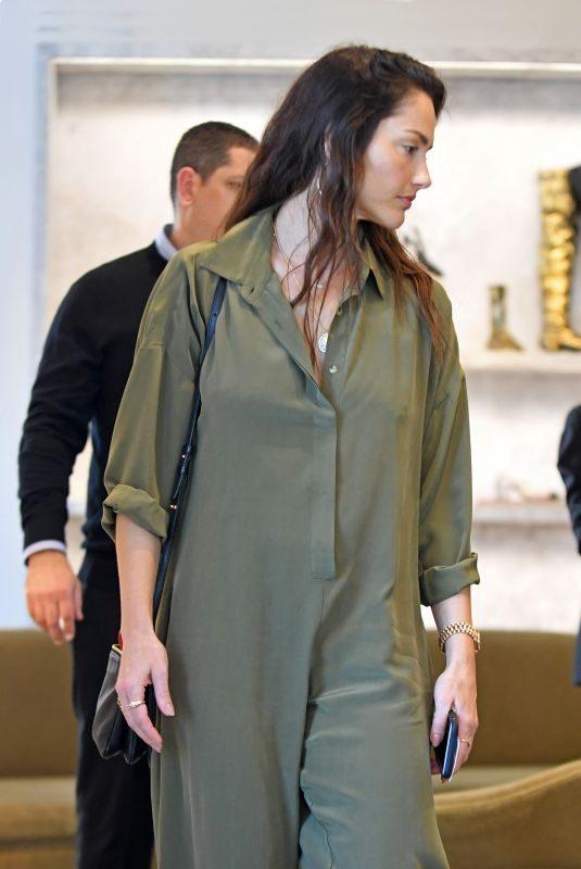 MINKA KELLY Shopping at Barney's New York in Beverly Hills 12/13/2018