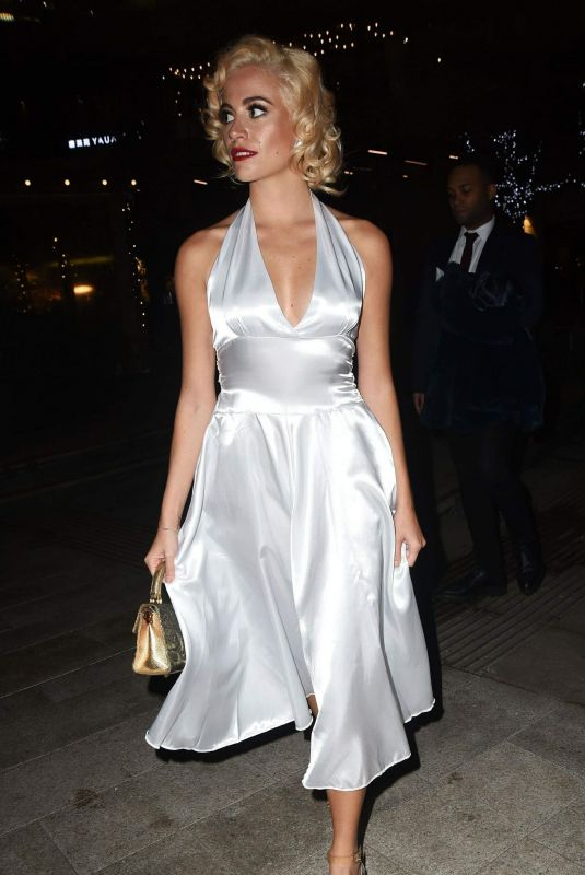 PIXIE LOTT at a Pre-christmas Meal at Mrs Foggs in London 12/22/2018