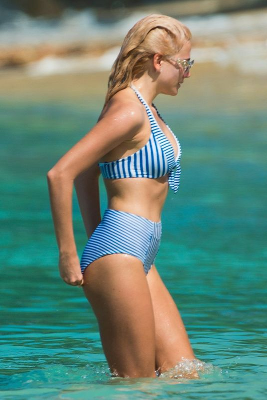 PIXIE LOTT in Bikini on the Beach in Barbados 12/05/2018
