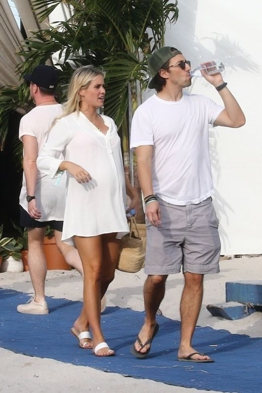 Pregnant CLAIRE HOLT and Andrew Joblon Out in Miami 12/08/2018