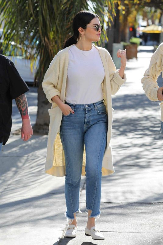 SELENA GOMEZ in Jeans Out in Los Angeles 12/28/2018