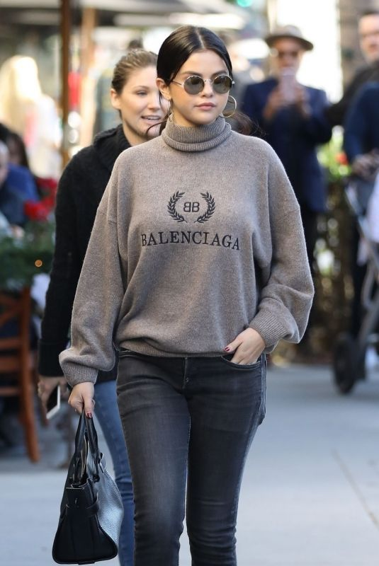 SELENA GOMEZ Out for Lunch in Beverly Hills 12/29/2018