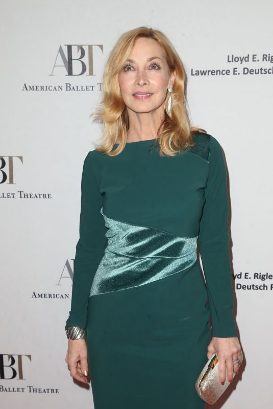 SHARON LAWRENCE at American Ballet Theatre's Holiday Benefit in Beverly Hills 12/17/2018