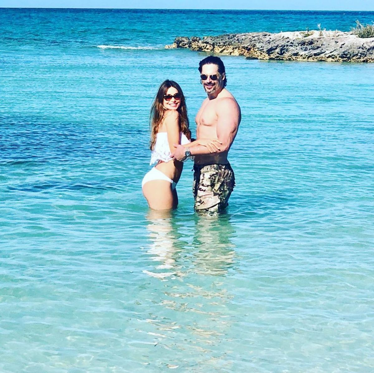 29f7ec652e342 SOFIA VERGARA in Bikini – Instagram Picture 12/30/2018 – HawtCelebs