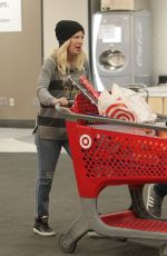 TORI SPELLING Shopping at Target in Los Angeles 12/22/2018