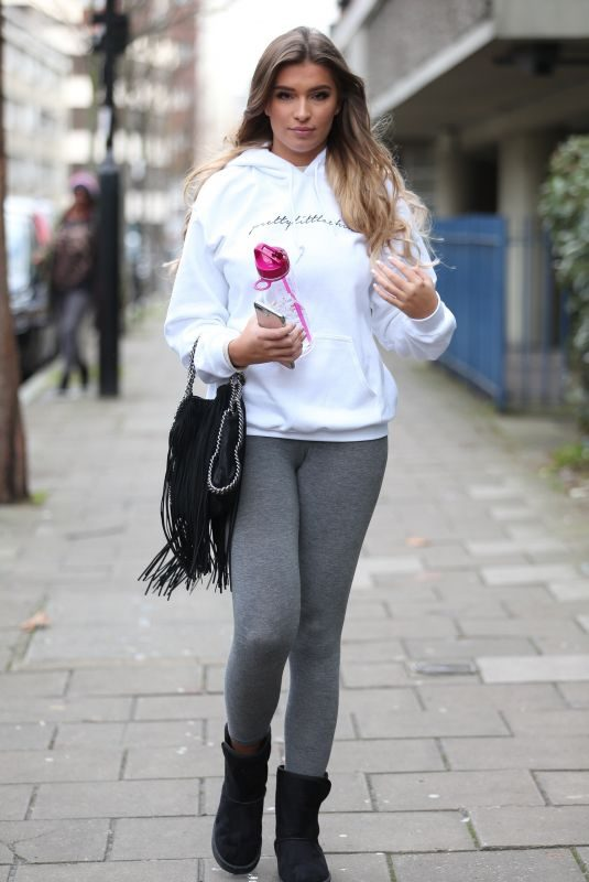 ZARA MCEDROMTT Out and About in London 12/21/2018