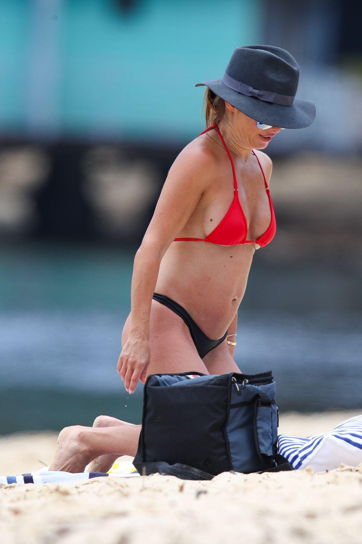 Ada Nicodemou Bikini Nude Photos 87