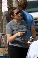 AMERICA FERRERA Shopping at Farmer