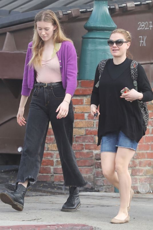 ANNA PAQUIN Out and About in Venice Beach 01/13/2019