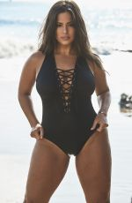 ASHLEY GRAHAM for Essentials 2019 Collection