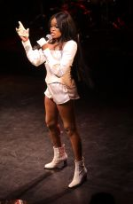 AZEALIA BANKS Performs at a Concert in London 01/25/2019