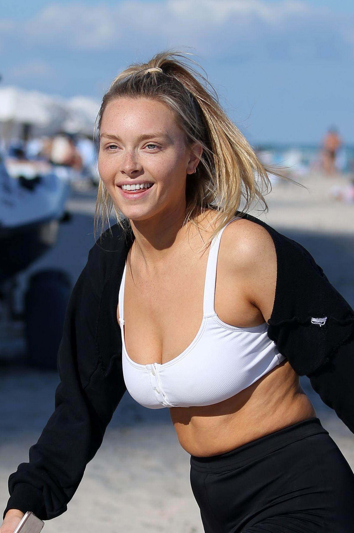 Hot Vanessa Kirby nude (66 photos), Tits, Bikini, Boobs, bra 2017