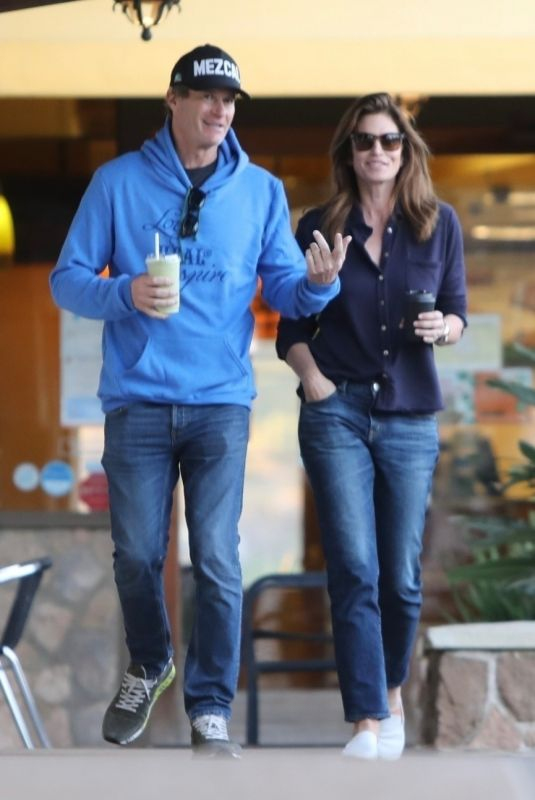 CINDY CRAWFORD and Rande Gerber at Sunlife Organics in Los Angeles 01/19/2019
