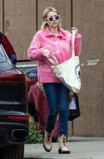 EMMA ROBERTS Out for Lunch in Los Feliz 01/30/2019