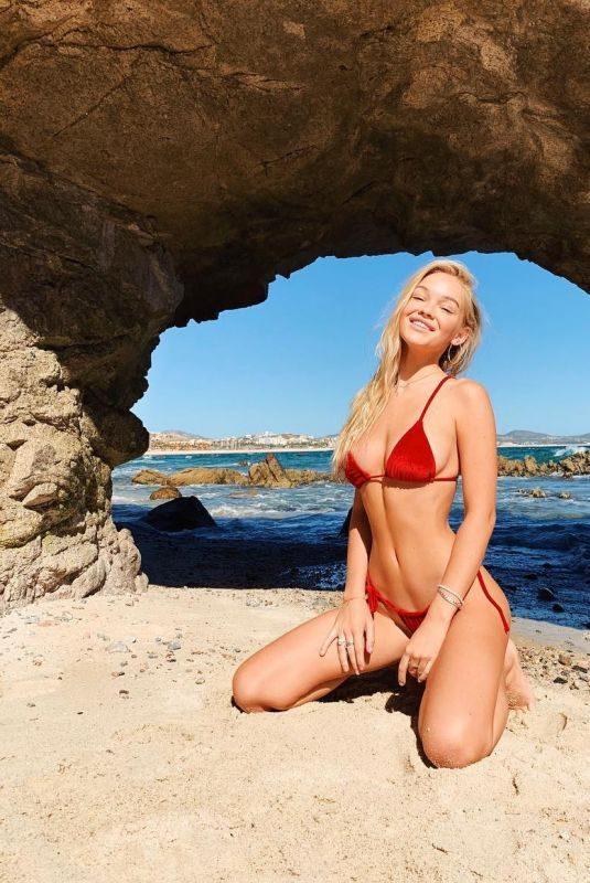 FAITH SCHRODER in Bikini – Instagram Pictures 12/31/2018