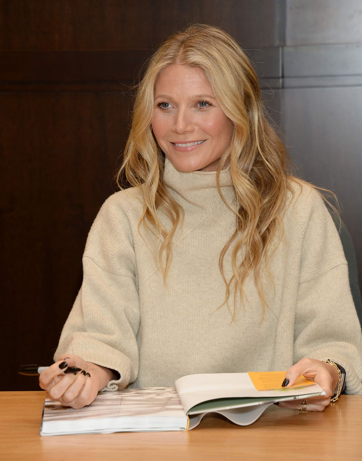 GWYNETH PALTROW at The Clean Plate Eat, Reset, Heal Book