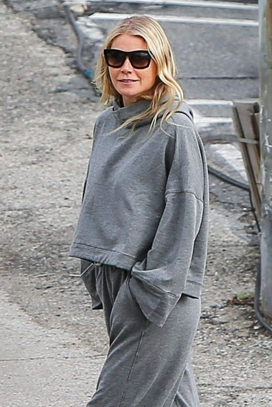 GWYNETH PALTROW Out and About in Brentwood 01/13/2019