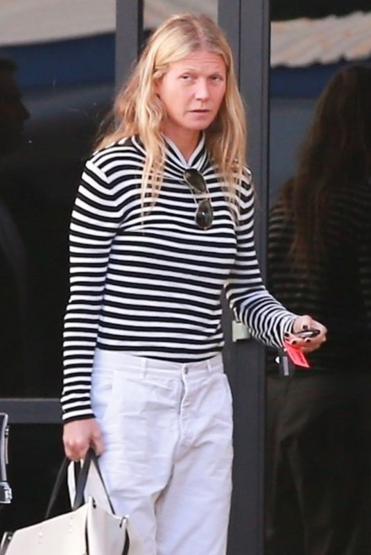 GWYNETH PALTROW Out in Los Angeles 01/21/2019