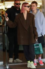 HAILEY and Justine Bieber Leaves Barnes and Noble in Los Angeles 01/11/2019