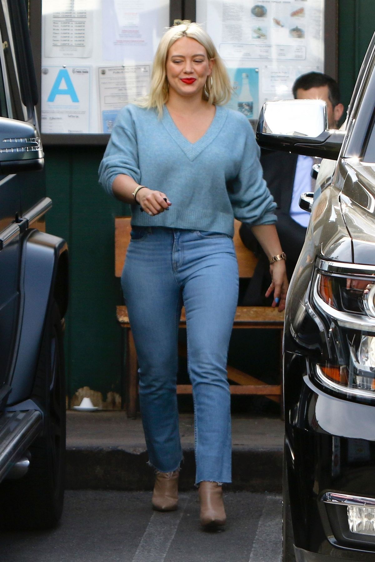 Hilary Duff Out Shopping In Studio City 01 28 2019