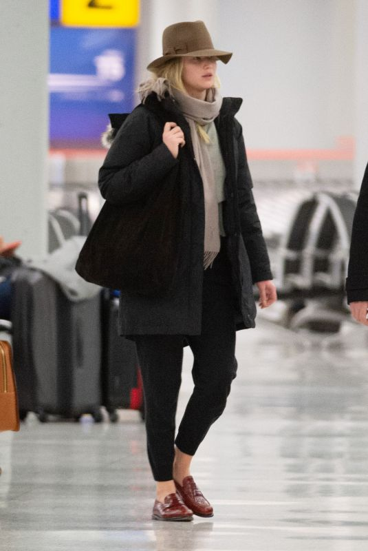 JENNIFER LAWRENCE at JFK Airport in New York 01/06/2019
