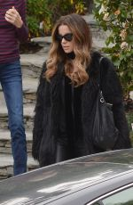 KATE BECKISNALE Leaves Her Home in Los Angeles 01/20/2019