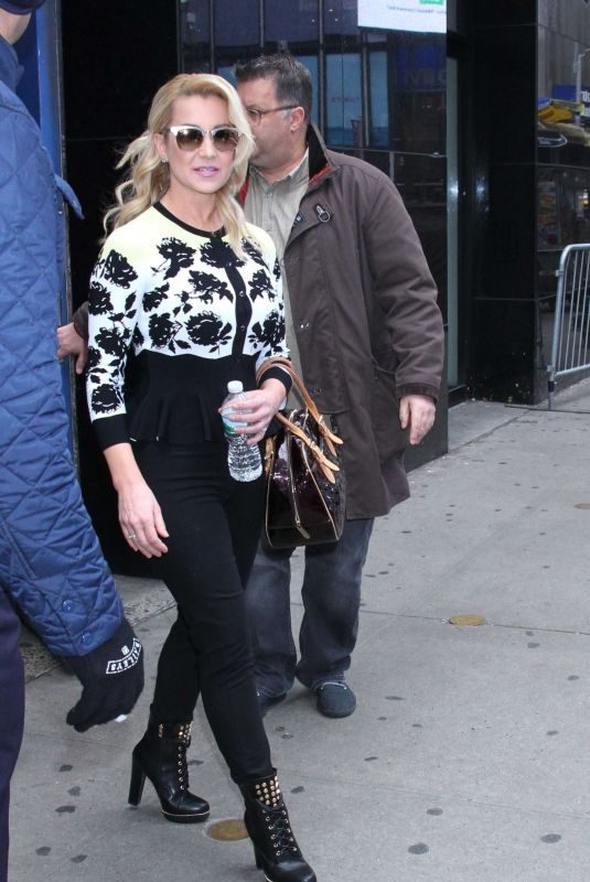 KELLIE PICKLER Leaves Good Morning America in New York 01/10/2019