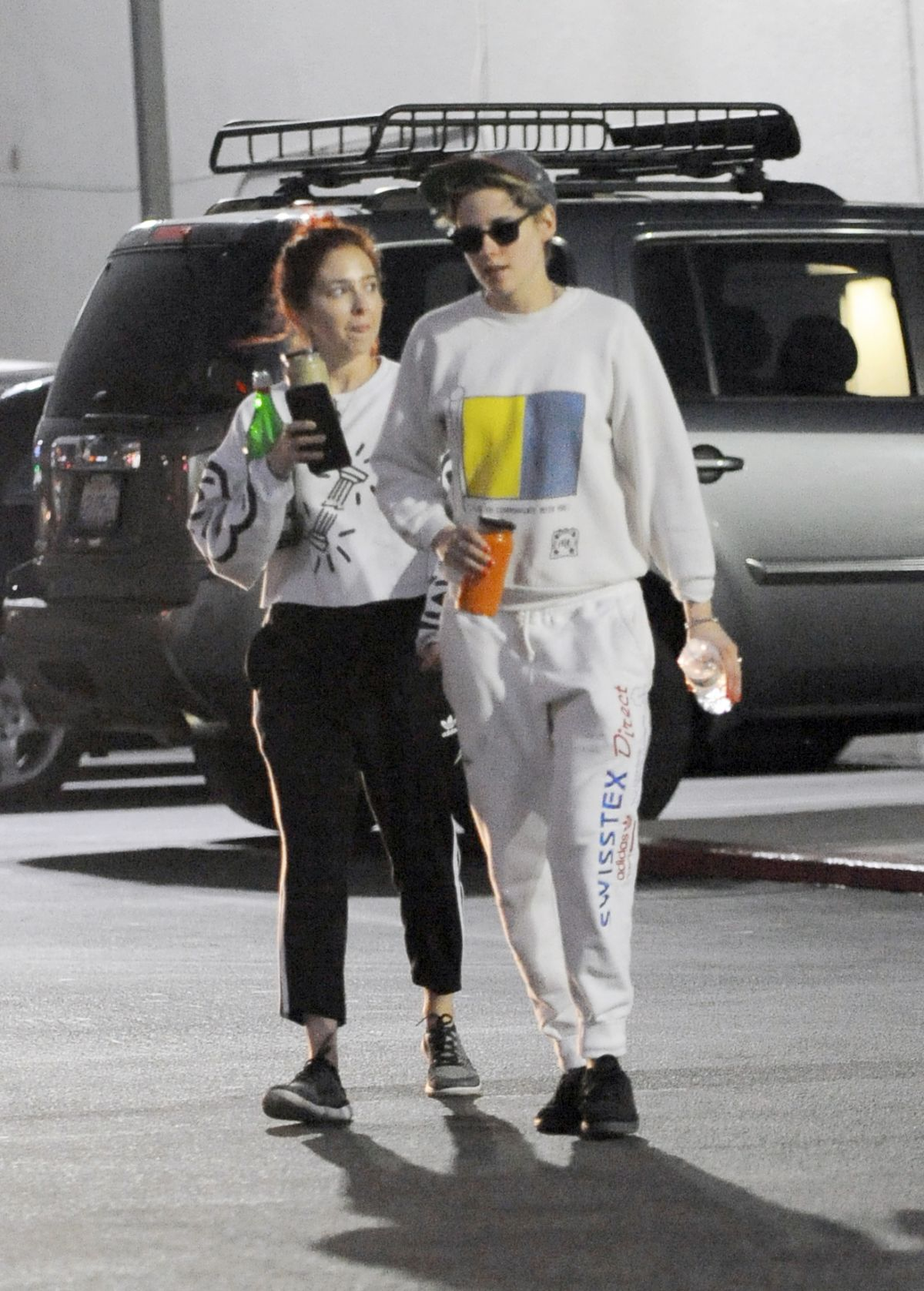 KRISTEN STEWART and SARA DINKIN Kissing at a Car in Los Angeles 01/10/2019