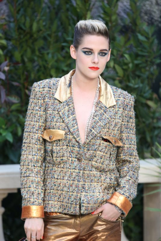KRISTEN STEWART at Chanel Fashion Show in Paris 01/22/2019