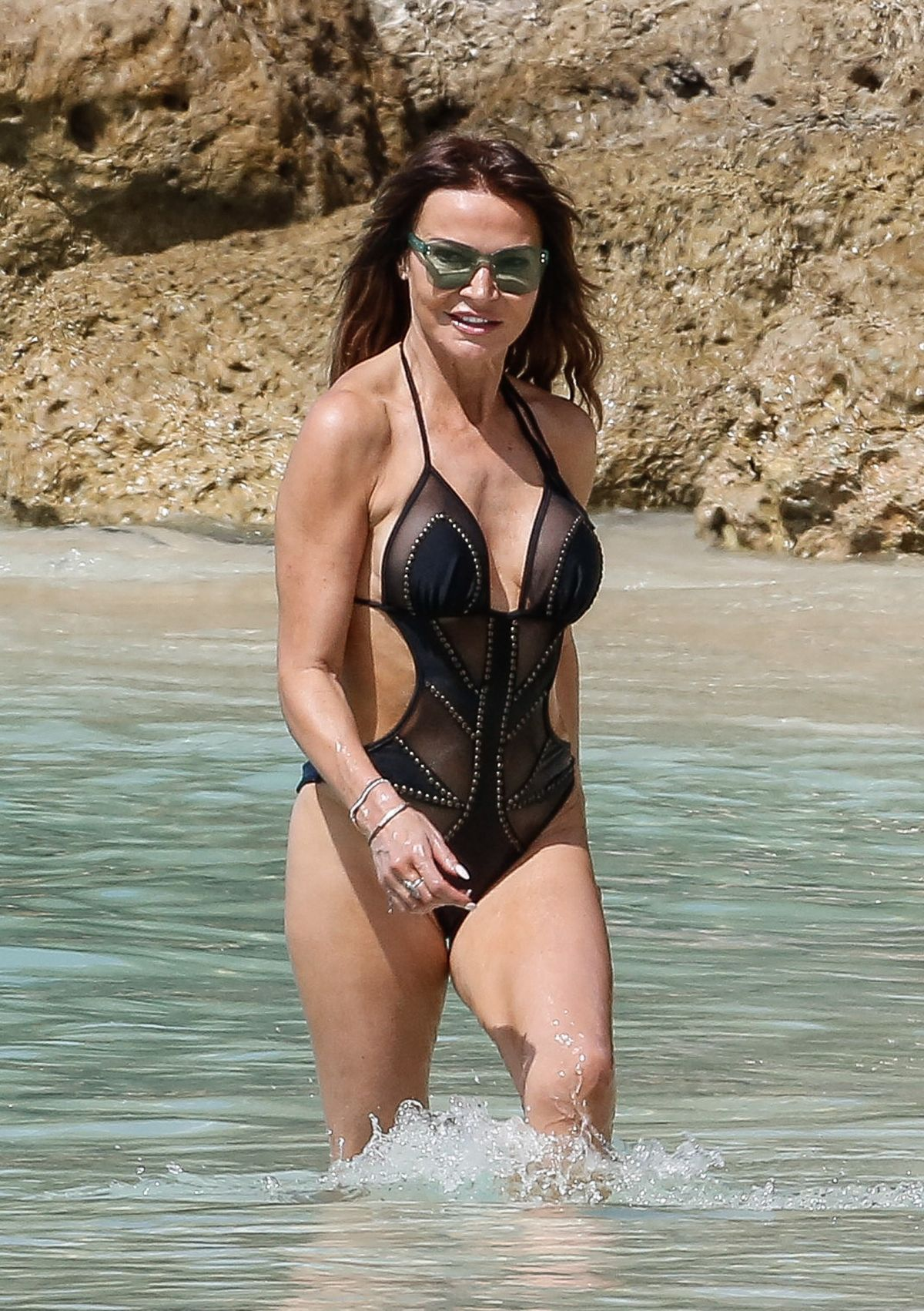 2019 Lizzie Cundy nude (15 photo), Topless, Is a cute, Twitter, bra 2019