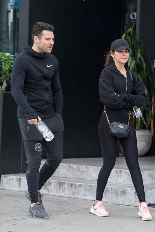 MICHELLE KEEGAN and Mark Wright Leaves Joans on Third in Los Angeles 01/15/2019